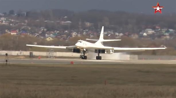 Kinzhal vắng bóng trong gói trang bị của Tu-160M2?