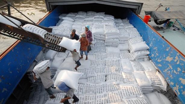 Bộ Công thương kiến nghị, bỏ hạn ngạch, xuất gạo từ 1/5
