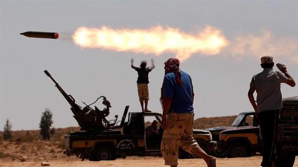 Quân đội Quốc gia Libya dội mưa tên lửa vào quân Thổ