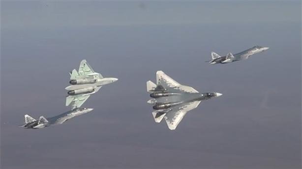 Su-57 lại lỗi hẹn với 'Ngày chiến thắng' vì động cơ?