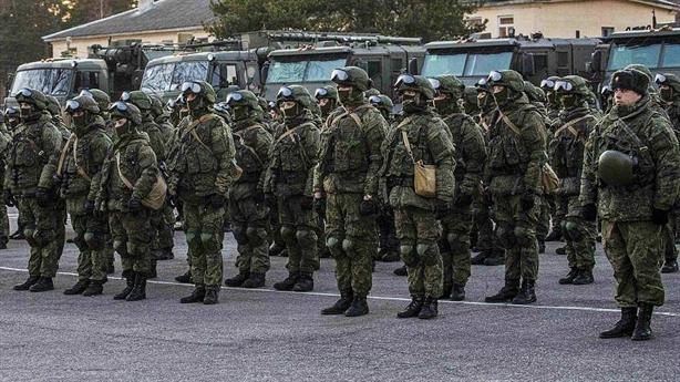 Mỹ choáng váng COVID-19, Nga thông báo dịch trong quân đội