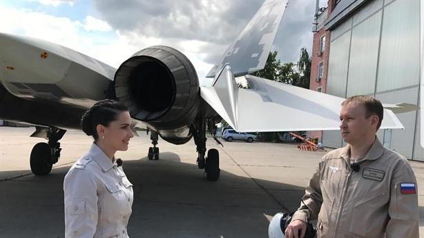 Năm 2022, tiêm kích Su-57 có hệ thống điều khiển như Gripen
