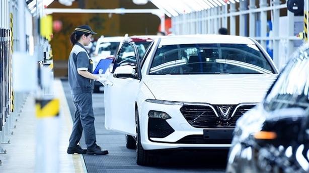Biệt đãi thuế phí ôtô nội: Bộ Tài chính không đồng ý