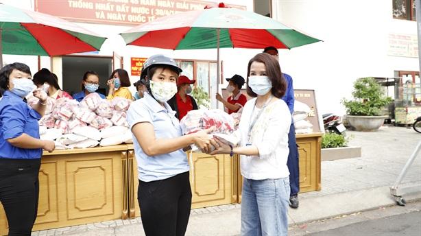 Masan Consumer tặng 10.000 phần quà cho công nhân tại Tp.HCM