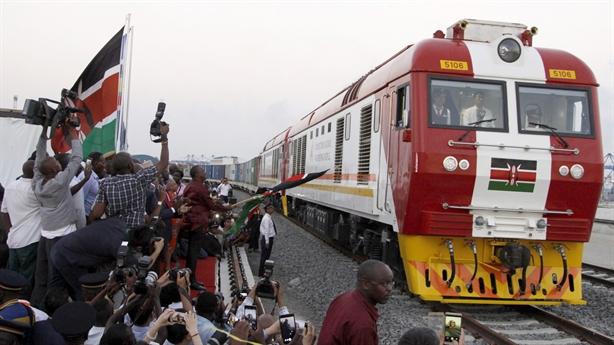 Châu Phi bắt đầu thấm bẫy nợ Trung Quốc