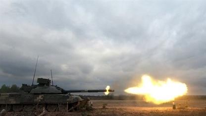 Tăng chiến đấu chủ lực T-72AMT Ukraine lộ điểm yếu chí tử