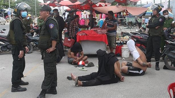 Bí thư Đồng Nai khen công an triệt phá băng Loan cá