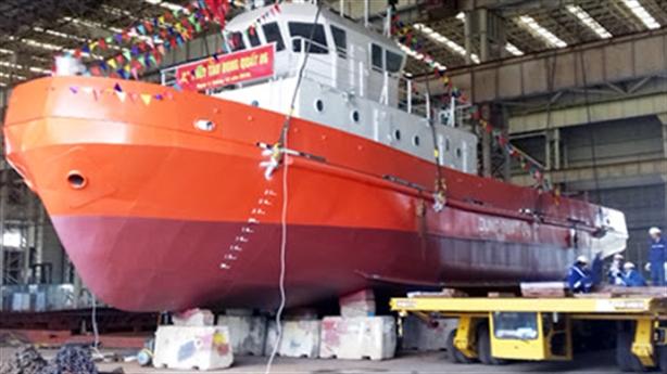Vực dậy ngành đóng tàu: Nắm chặt 'cơ hội vàng'