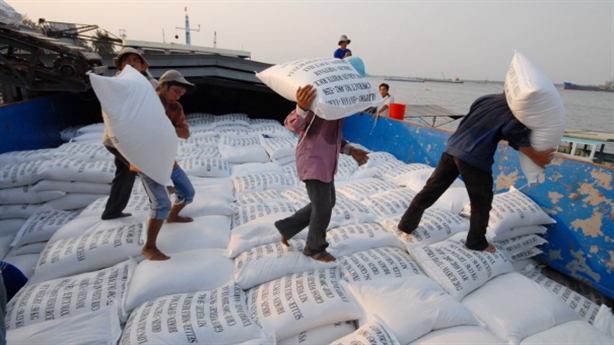 Doanh nghiệp 'xù' hợp đồng gửi gạo trong kho: ĐBQH nói thẳng