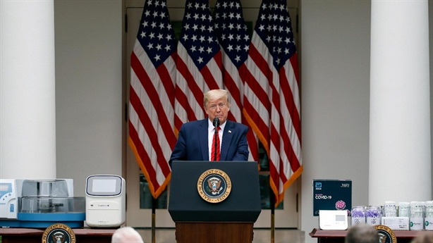Ông Trump đẩy tình hình nóng, Trung Quốc lạnh lùng đáp lời