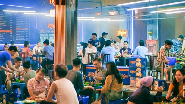 Tiger Beer đánh thức đường phố Việt Nam
