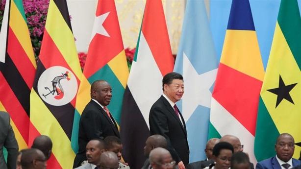 Mỹ đe cắt quan hệ, Trung Quốc tìm đến châu Phi