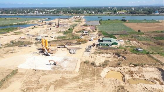Rà soát dự án đập dâng sông Trà Khúc: Có bất thường?