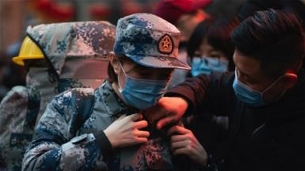 Trung Quốc đang vắt kiệt sức Mỹ?