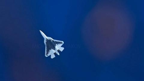 Mỹ 'lạnh gáy' trước phiên bản Su-57 không người lái?