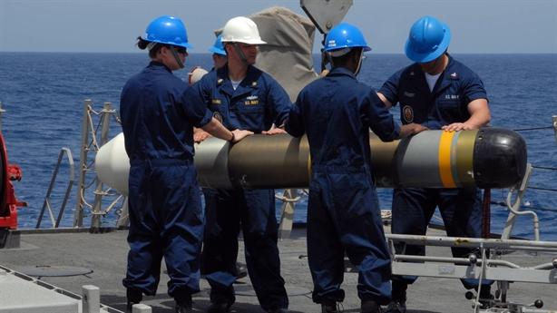 Ngư lôi hạng nhẹ mới của Mỹ đánh chìm mọi tàu chiến