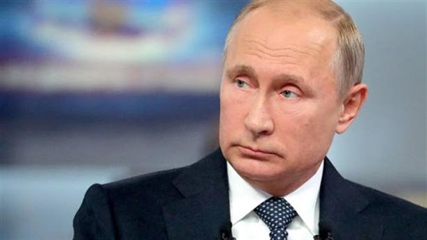 Ông Putin nhận tín nhiệm cao bất ngờ trong bão dịch