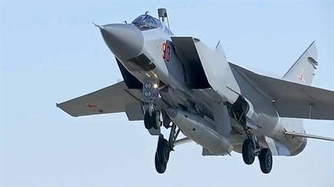 Trung Quốc 'ngạc nhiên' thấy tên lửa siêu thanh Nga...sát biên giới