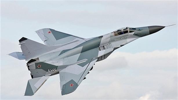 Phi công Nga yêu cầu...bắn hạ máy bay Mỹ gần Syria