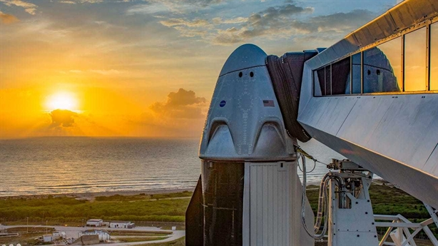 NASA hoãn phóng chuyến tàu lịch sử: Chuyên gia Nga giải mã