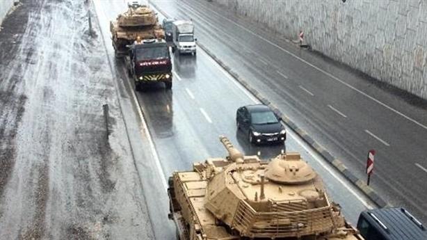 Thổ quyết dùng vũ khí đẩy LNA xa Tripoli