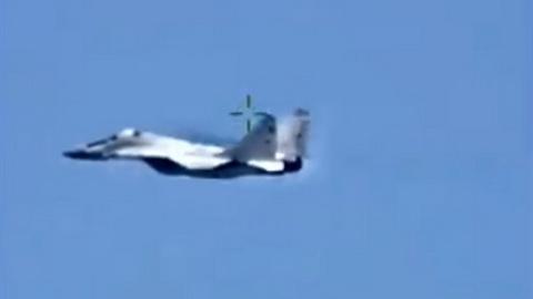 Tiêm kích Mỹ cố chặn MiG-29 Nga ngoài khơi Libya