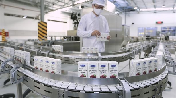 Vinamilk xuất sữa hạt và trà sữa sang Hàn Quốc
