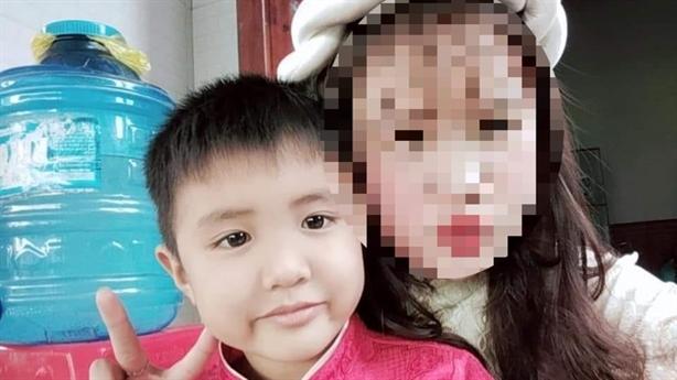 Bé trai mất tích sau khi sang nhà xóm: Thông tin lạ