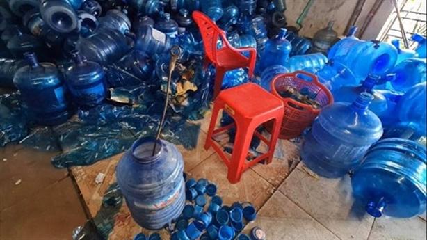 Hải Phòng: Lấy nước mương sản xuất nước tinh khiết