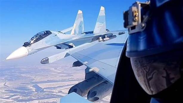 Nhiều khả năng sẽ xảy ra đụng độ giữa Su-30 và F-16
