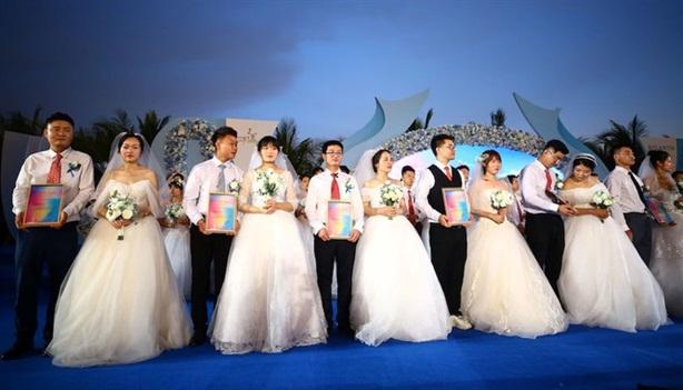 Vì sao Thượng Hải đề xuất chính sách một vợ...hai chồng?