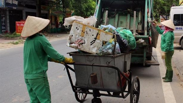 Thu phí rác sinh hoạt theo kilogam: Tránh bắt chước sai
