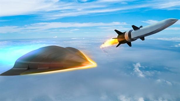 Ông Trump lại khoe tên lửa siêu thanh nhanh...nhất thế giới