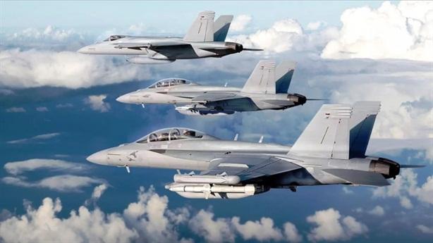 F/A-18E/F mạnh gấp đôi F-35B khi mang vũ khí mới
