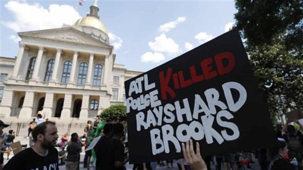 Mỹ cải tổ Cảnh sát sau những cái chết người da màu