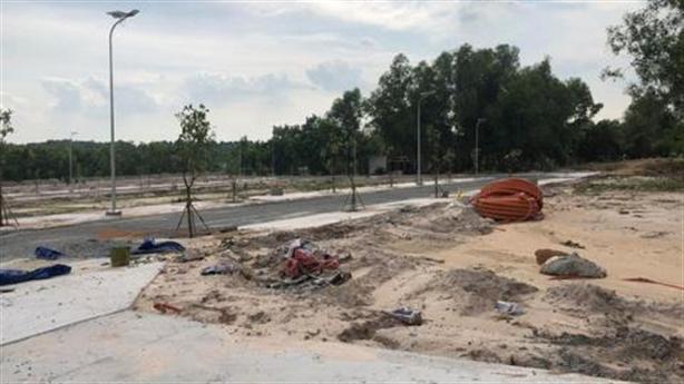 Kiểm tra bán đất nền trái phép tại dự án Vita Riverside