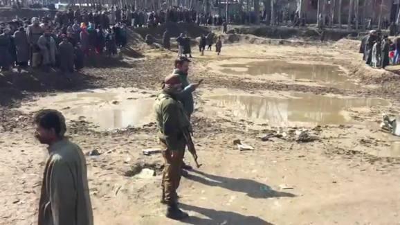 Binh sĩ Trung Quốc-Ấn Độ đụng độ: Nổ súng, thương vong...