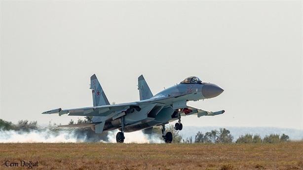 Mỹ khó trừng phạt Thổ vì mua máy bay Be-200