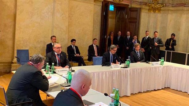 Nga-Mỹ chính thức thảo luận về việc gia hạn START-3