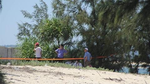 Vụ bé gái bị sát hại: Hãm hại xong rồi lấp cát