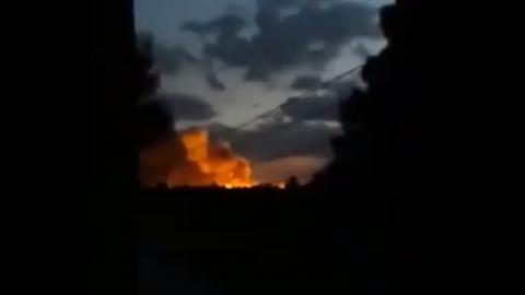 Kho vũ khí Mỹ nổ tung sau cuộc đụng độ với Nga