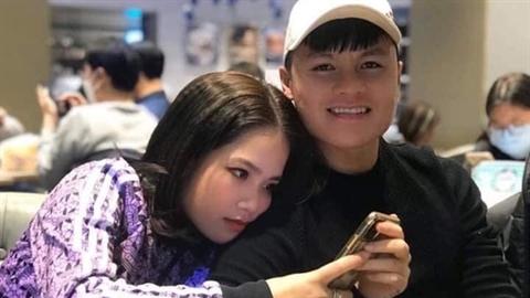 Ồn ào Quang Hải bị hack facebook: Động thái hai cô gái