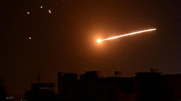 Israel lại không kích Syria, có thương vong...
