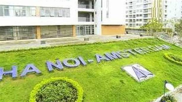 TS Nguyễn Đức Thành: Nên đóng cửa hoặc bán trường Amsterdam
