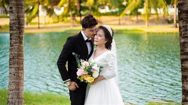 Vợ Việt 65 tuổi, chồng ngoại quốc 24 tuổi: Hạnh phúc nhưng...