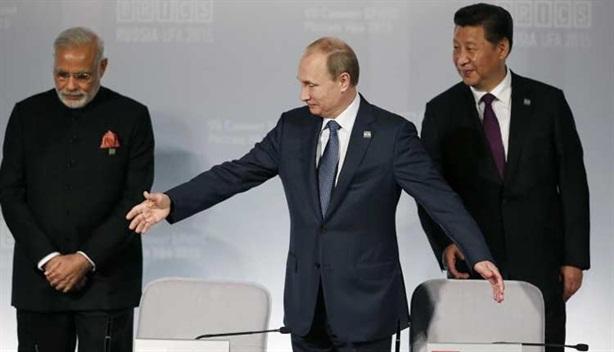 Nga vừa bán vũ khí vừa hạ nhiệt căng thẳng Trung-Ấn