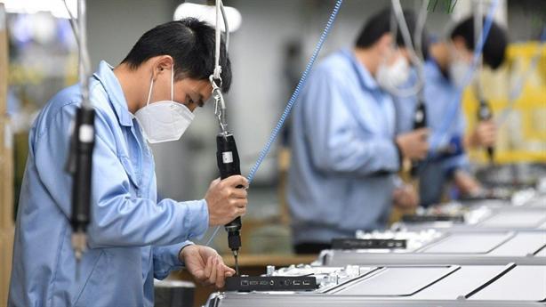 Châu Âu tính giảm phụ thuộc Trung Quốc: Nói dễ, làm khó...