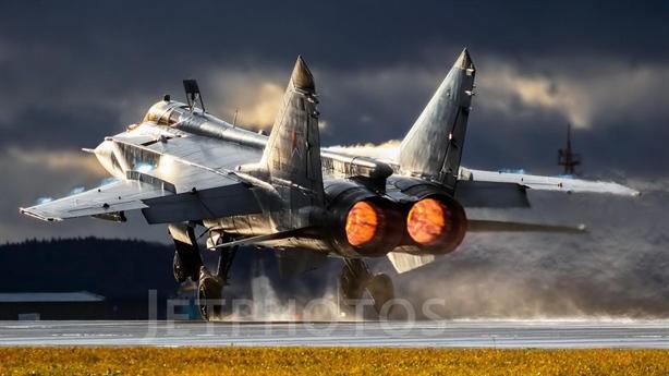 MiG-31K với Kinzhal đến sát biên giới Ukraine
