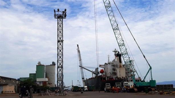 Cảng Quy Nhơn: Chi phí tư vấn gấp 3 lần tư nhân
