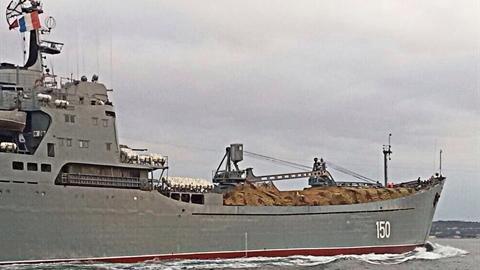 Nga khẩn cấp viện trợ thêm 20 xe tăng
